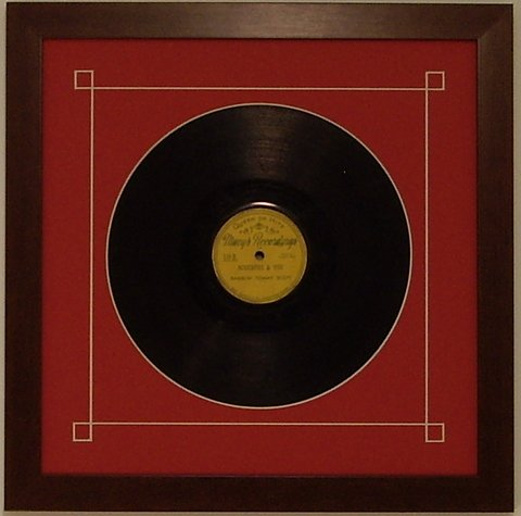 78-record-frame